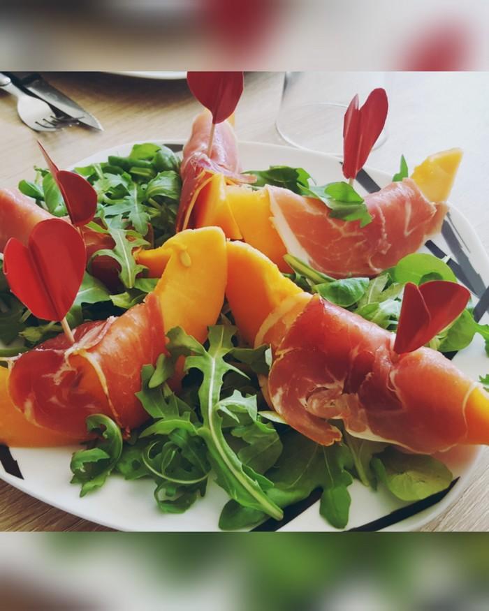 Recette melon jambon cru entr e di t tique en ligne - Melon jambon cru presentation ...