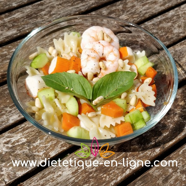 Salade de Pâtes Surimi Crevettes - Diététique En Ligne