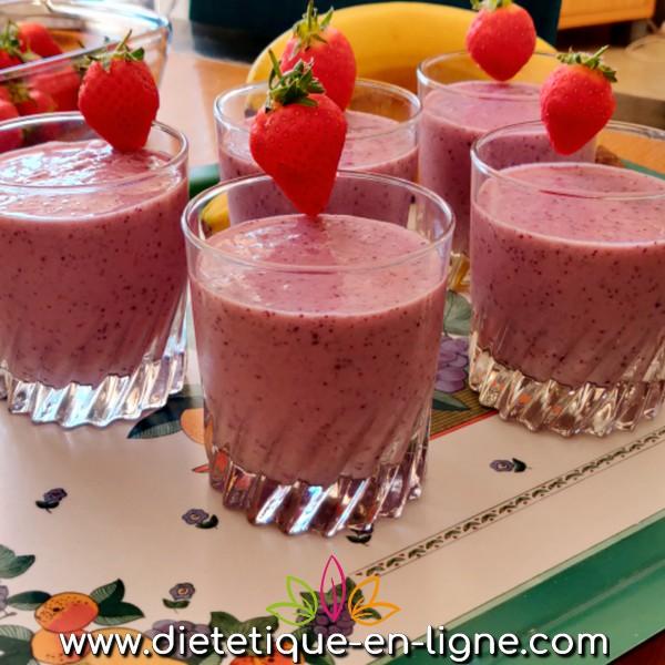 Smoothie Banane Fruits Rouges - Diététique En Ligne